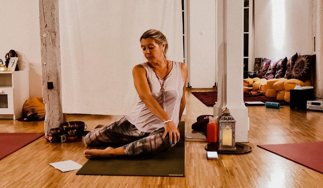 Yoga am Abend/Alle Levels