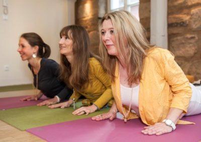 Yoga Matsyendra Lehrerinnen