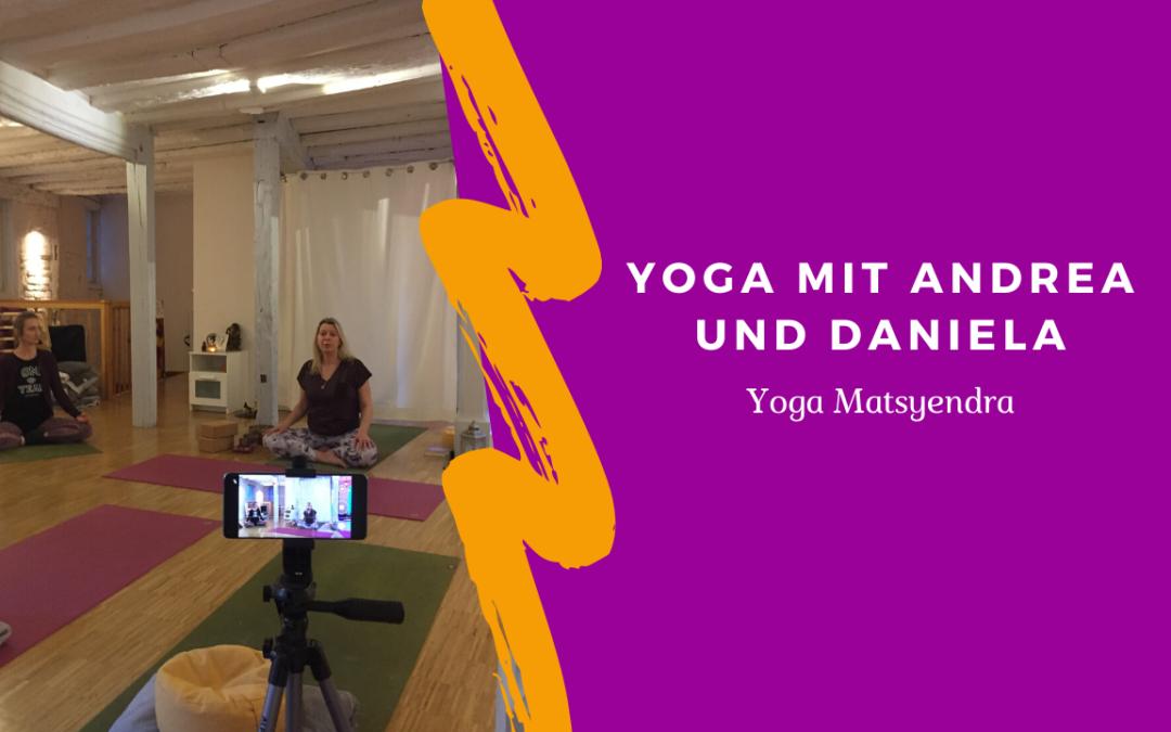 Zeit für mich! Unsere erste Yogastunde auf YouTube